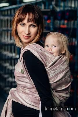 Żakardowa chusta do noszenia dzieci, 60% Bawełna 28% Len 12% Jedwab Tussah - PUDROWA KORONKA  - rozmiar M (drugi gatunek)