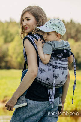 Lenny Buckle Onbuhimo, toddler size, jacquard weave (100% cotton) - Wrap conversion from GLAMOROUS LACE REVERSE (grade B)