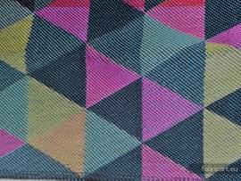 TRÓJKĄTY DENIM, ćwiartka tkaniny, splot żakardowy, rozmiar 50cm x 70cm