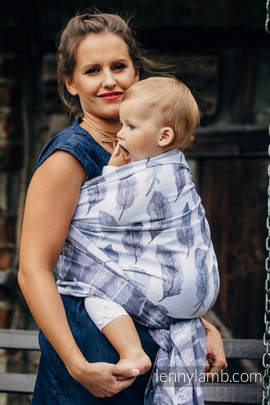 Baby Wrap, Jacquard Weave (100% cotton) - PAINTED FEATHERS WHITE & NAVY BLUE - size S