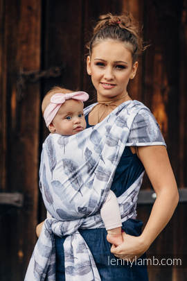 Baby Wrap, Jacquard Weave (100% cotton) - PAINTED FEATHERS WHITE & NAVY BLUE - size XS (grade B)