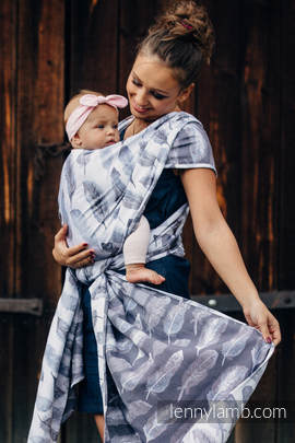 Baby Wrap, Jacquard Weave (100% cotton) - PAINTED FEATHERS WHITE & NAVY BLUE - size M (grade B)