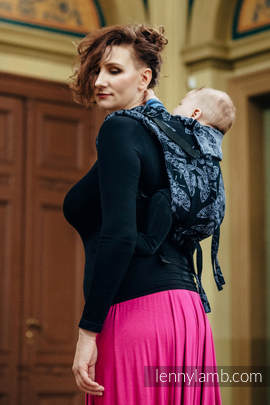 Lenny Buckle Onbuhimo, toddler size, jacquard weave (96% cotton, 4% metallised yarn) - Wrap conversion from QUEEN OF THE NIGHT