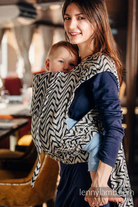 WRAP-TAI carrier Toddler with hood/ jacquard twill / 44% combed cotton, 56% Merino wool / CHAIN OF LOVE