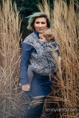 WRAP-TAI Tragehilfe Toddler mit Kapuze/ Jacquardwebung / 100% Baumwolle / COLORS OF MYSTERY