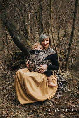 WRAP-TAI Tragehilfe Toddler mit Kapuze/ Jacquardwebung / 65% Baumwolle, 35% Seide / QUEEN OF THE NIGHT - PAMINA