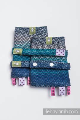 Drool Pads & Reach Straps Set, (100% cotton) - LITTLE HERRINGBONE ILLUSION