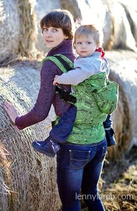 Nosidełko Ergonomiczne z tkaniny żakardowej 60% bawełna 40% bambus , Baby Size, KOTY CZARNY z ZIELENIĄ (drugi gatunek)